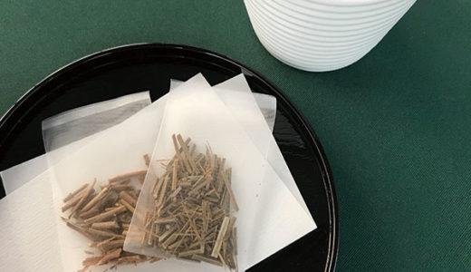 和菓子にも合うハーブティー 「加賀棒茶」の製法でラベンダーを焙煎